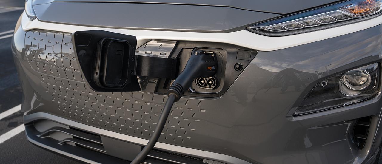 Prueba Hyundai Kona Eléctrico, más allá de la ciudad (con vídeo)
