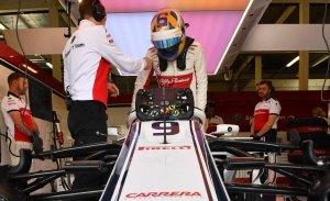 """Ericsson culpa al botón del DRS de su accidente: """"Se me resbaló, no lo presioné"""""""