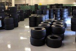 Pirelli completa 3.000 kilómetros con los neumáticos de 2019 en Silverstone