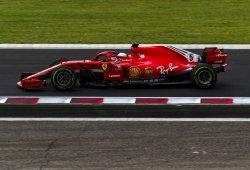 """Vettel: """"Es difícil en lluvia sacar todo el rendimiento al coche"""""""