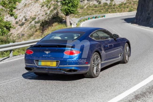 Bentley Continental GT Speed 2019 - foto espía posterior