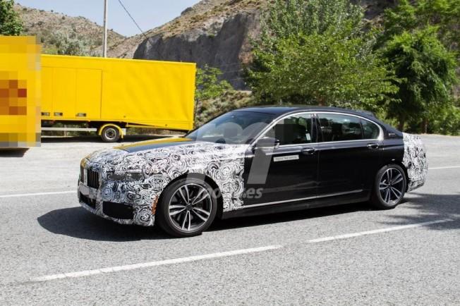 BMW 745e iPerformance 2019 - foto espía