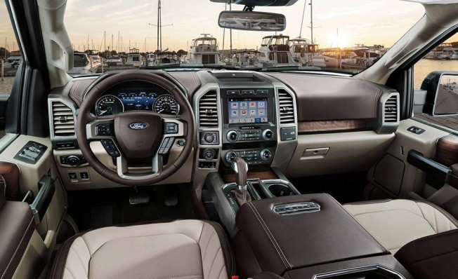 Ford F-150 Limited 2019 - interior