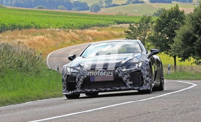 Lexus LC F 2020 - foto espía frontal