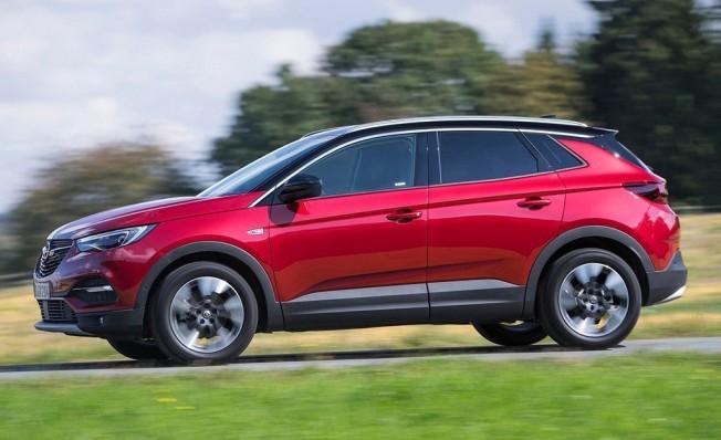 Opel Grandland X - lateral