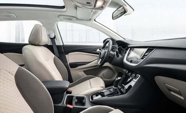 Opel Grandland X - interior