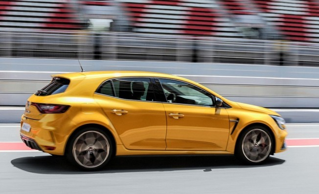 Renault Mégane RS Trophy 2019 - lateral