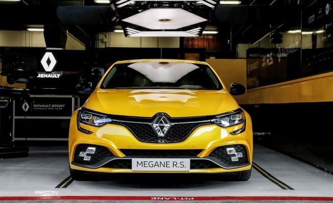 Renault Mégane RS Trophy 2019 - frontal