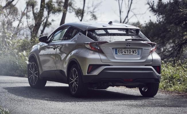 Toyota C-HR - posterior