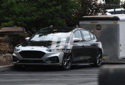 El nuevo Ford Focus ST 2019 se destapa para unas pruebas de arrastre
