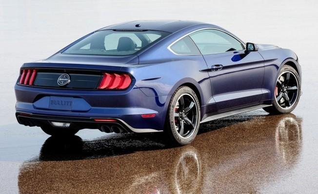 Ford Mustang Bullit Kona Blue - posterior