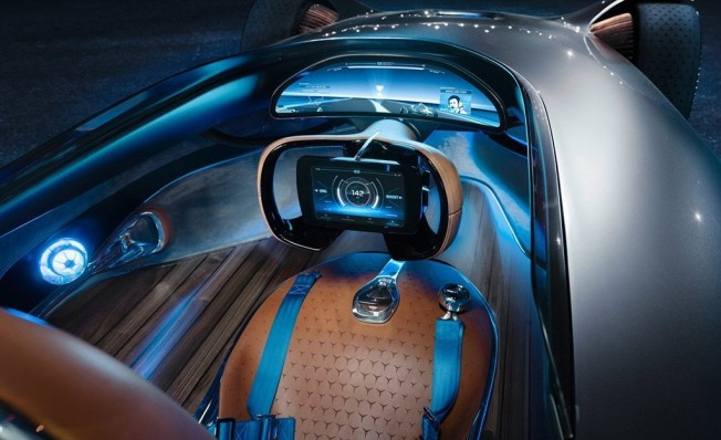Mercedes Vision EQ Silver Arrow Concept - interior