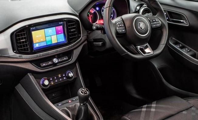 MG3 2019 - interior