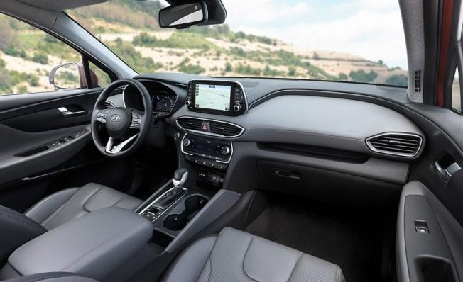 Hyundai Santa Fe 2019 - interior