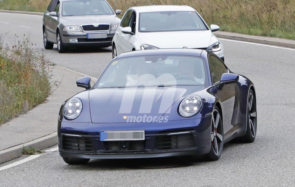Porsche ultima las pruebas del nuevo 911 con dos unidades de pre-producción destapadas
