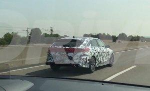 El nuevo Kia Proceed GT 2019 en vídeo y con camuflaje ligero