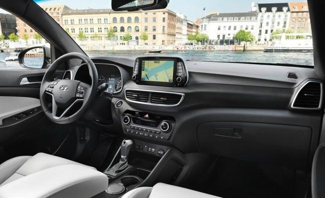 Hyundai Tucson 2019 - interior