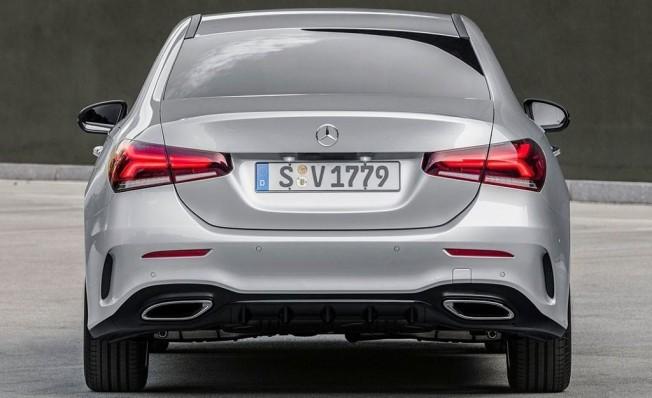 Mercedes Clase A Sedán - maletero