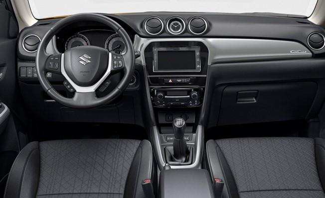 Suzuki Vitara 2019 - interior