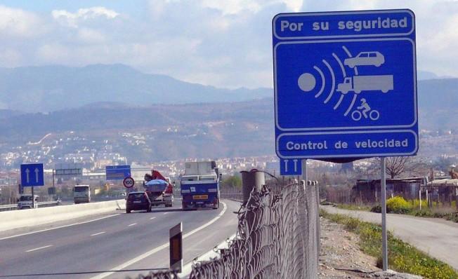 Aviso de control de velocidad