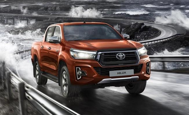 Toyota Hilux Legend