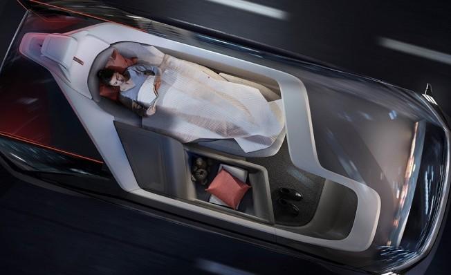 Volvo 360c - interior