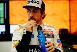 """Alonso estalla contra el nivel de la parrilla: """"Sales y juegan a los bolos contigo"""""""