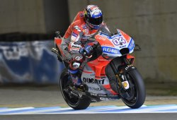 Dovizioso logra la pole en Japón, Márquez saldrá sexto