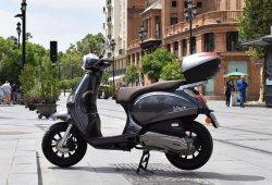 La DGT estudia elevar la edad mínima para montar en moto e imponer la tasa de alcohol 0,0