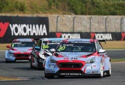 Gabriele Tarquini retiene el liderato del WTCR en Ningbo
