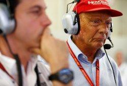 Lauda recibe el alta hospitalaria tras su trasplante de pulmón en Viena