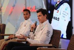 Mercedes valorará las órdenes de equipo para asegurar el título de Hamilton