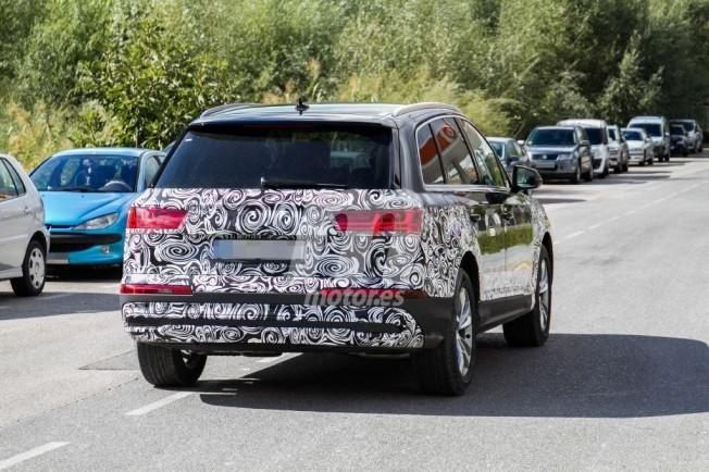 Audi Q7 2019 - foto espía posterior