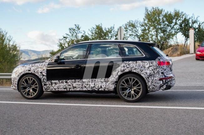 Audi SQ7 2019 - foto espía lateral