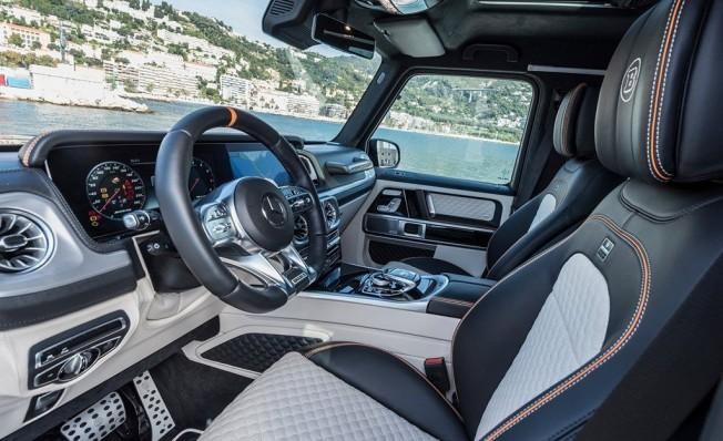 Brabus 700 Widestar - interior