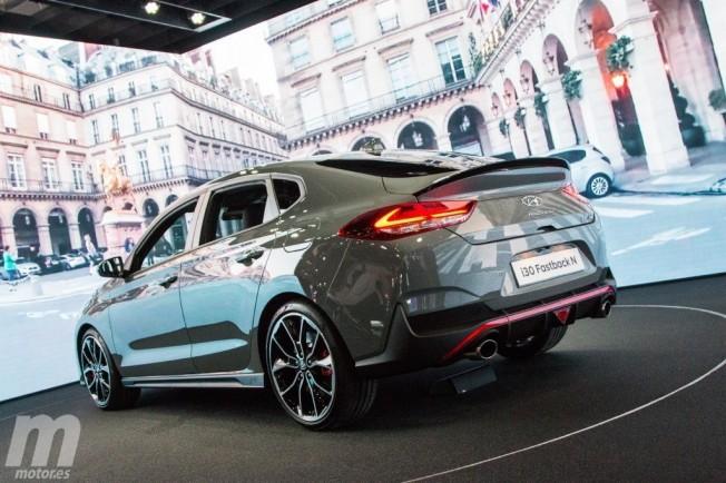 Hyundai i30 Fastback N - posterior