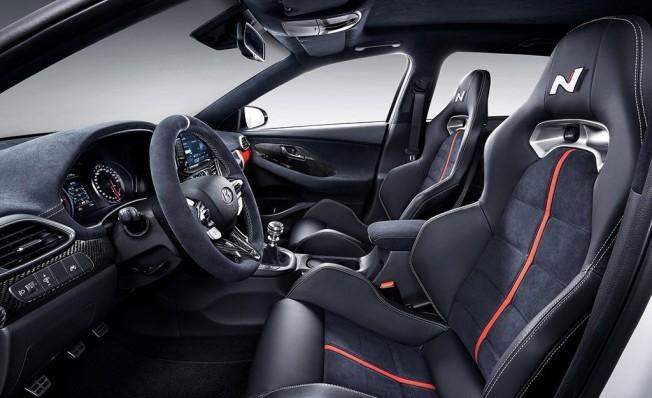 Hyundai i30 N Option - interior