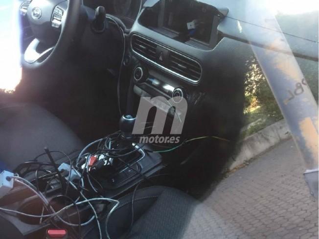 Hyundai Kona Híbrido - foto espía interior