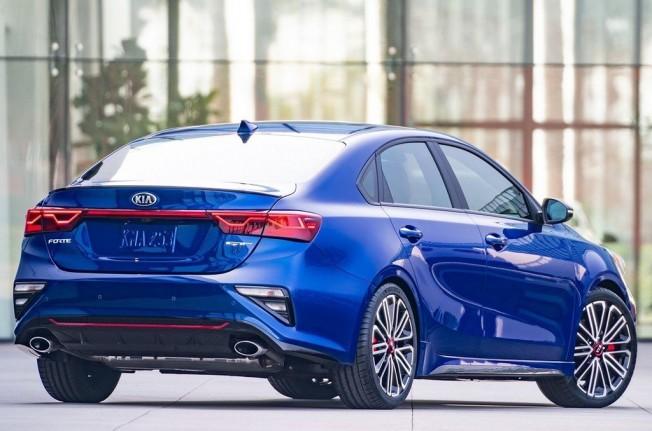 Kia Forte GT 2019 - posterior
