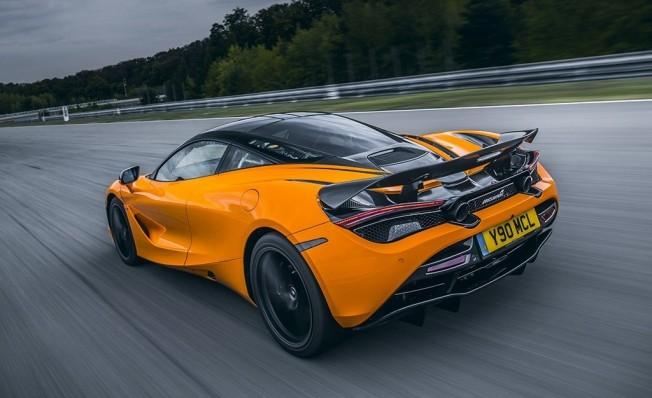 McLaren 720S Track Pack - posterior