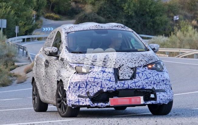 Renault Zoe 2020 - foto espía frontal