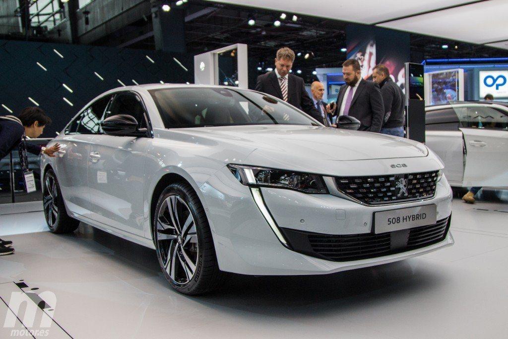 Peugeot 508 Hybrid, la berlina francesa estrena versión híbrida enchufable