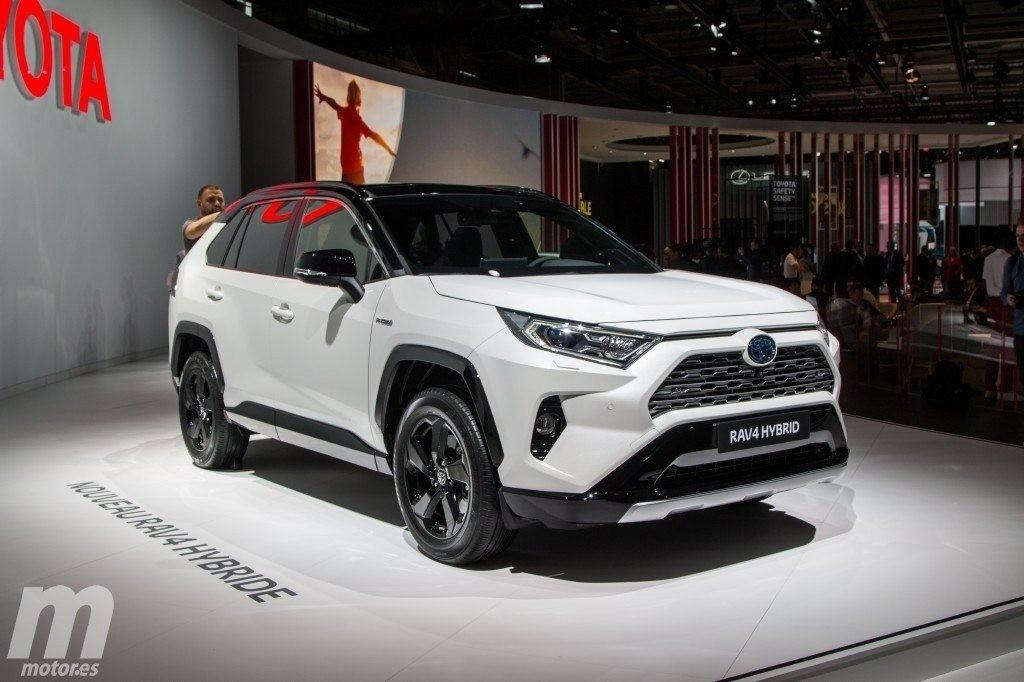 El nuevo Toyota RAV4 Hybrid 2019 llega a suelo europeo debutando en el Salón de París