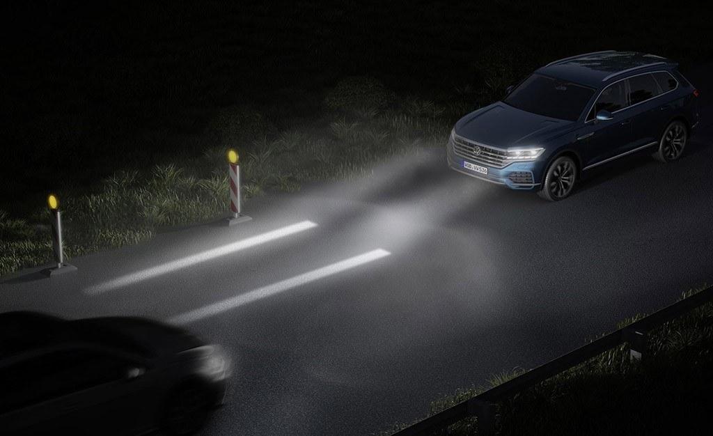 Volkswagen muestra cómo los faros interactivos mejorarán la seguridad