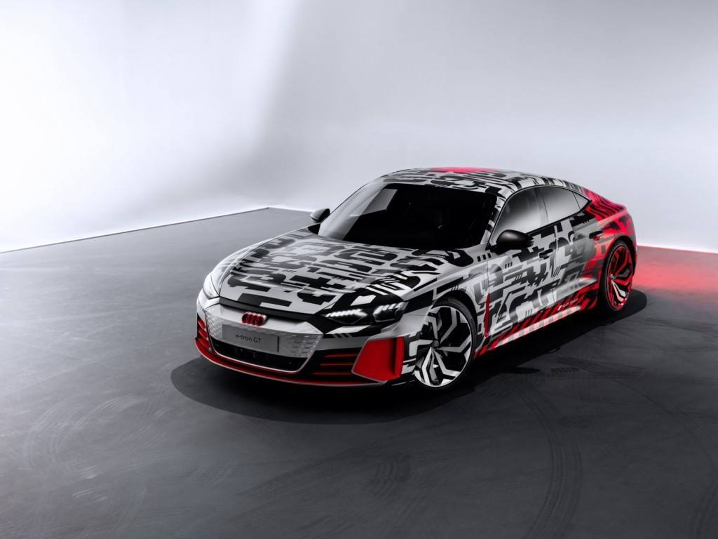 Audi destapa el concept car del e-tron GT un día antes del Salón de Los Ángeles