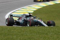 Hamilton agranda sus números con la décima pole de la temporada