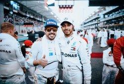 """Hamilton: """"Ha sido todo un privilegio correr en la misma época que Alonso"""""""
