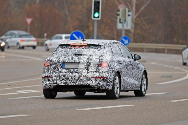 Audi A3 Sportback 2020 - foto espía posterior