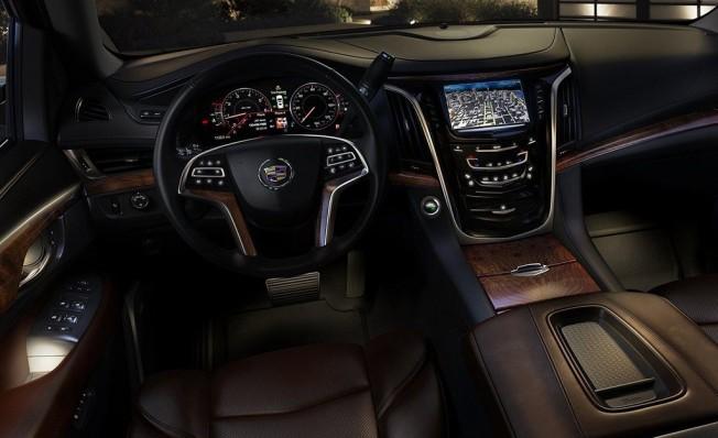 Cadillac Escalade - interior