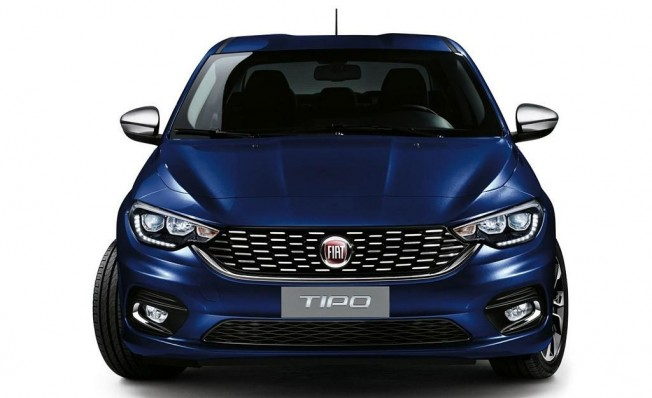 Fiat Tipo Mirror - frontal